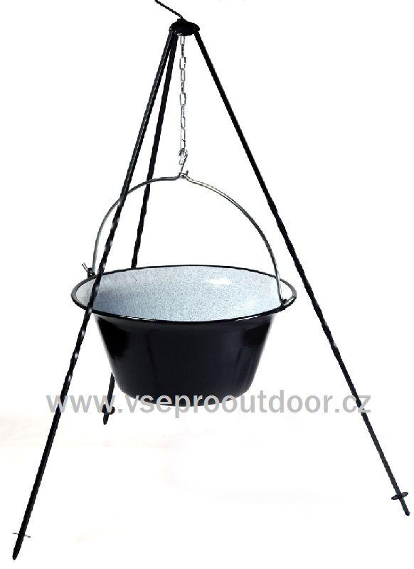 Souprava trojnožka 1 m + gulášový kotlík smaltovaný 10 l (Kotlík na guláš 10 litrů smaltovaný na trojnožce 1 m)