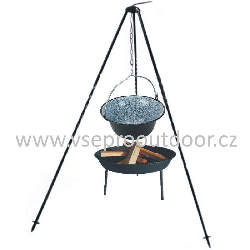 Souprava trojnožka 1 m kotlík smalt 3 l ohniště (kotlík na guláš 3 litry na trojnožce 1 m a ohniště)